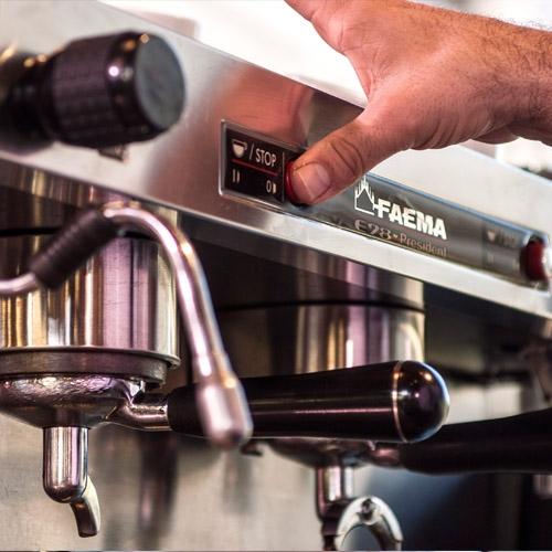 Faema aparat za kafu